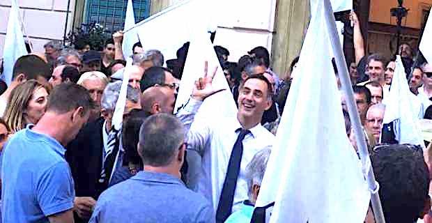 Corse: faut il amplifier le changement ?