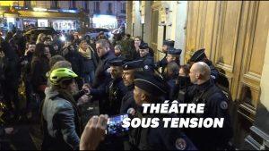 macron theatre 2t